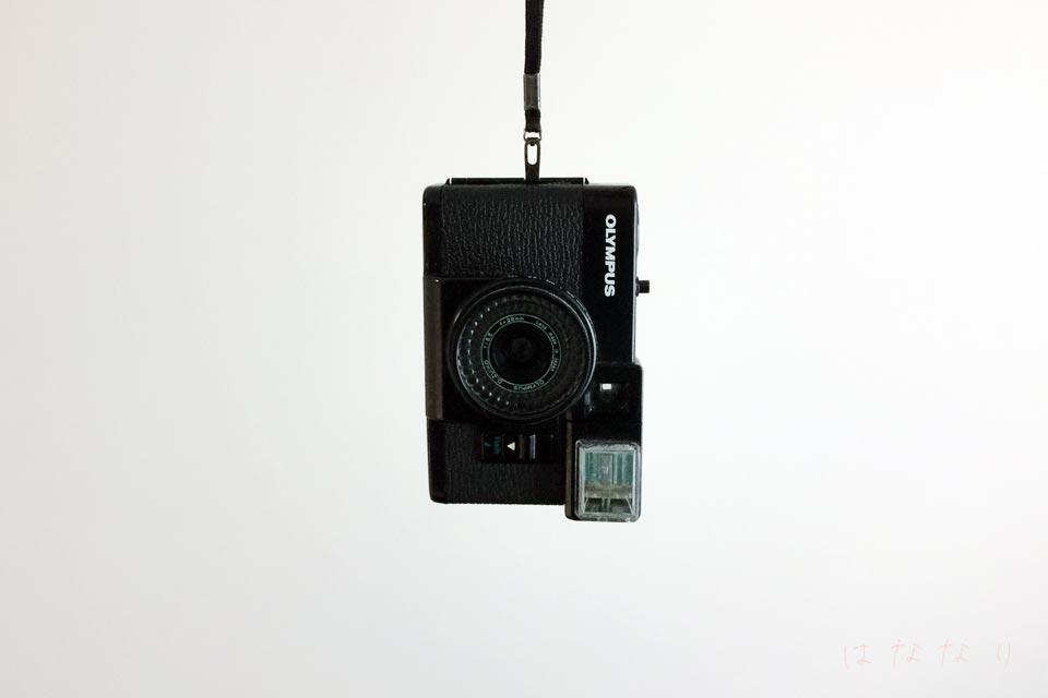 オリンパスのハーフサイズカメラ